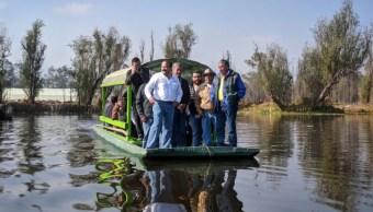 Armando Ahued se reúne con trabajadores y habitantes de Xochimilco