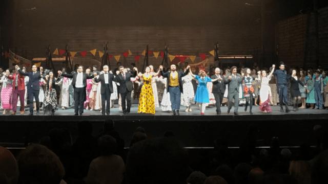 Alteran final de la ópera 'Carmen' en protesta contra violencia hacia mujeres