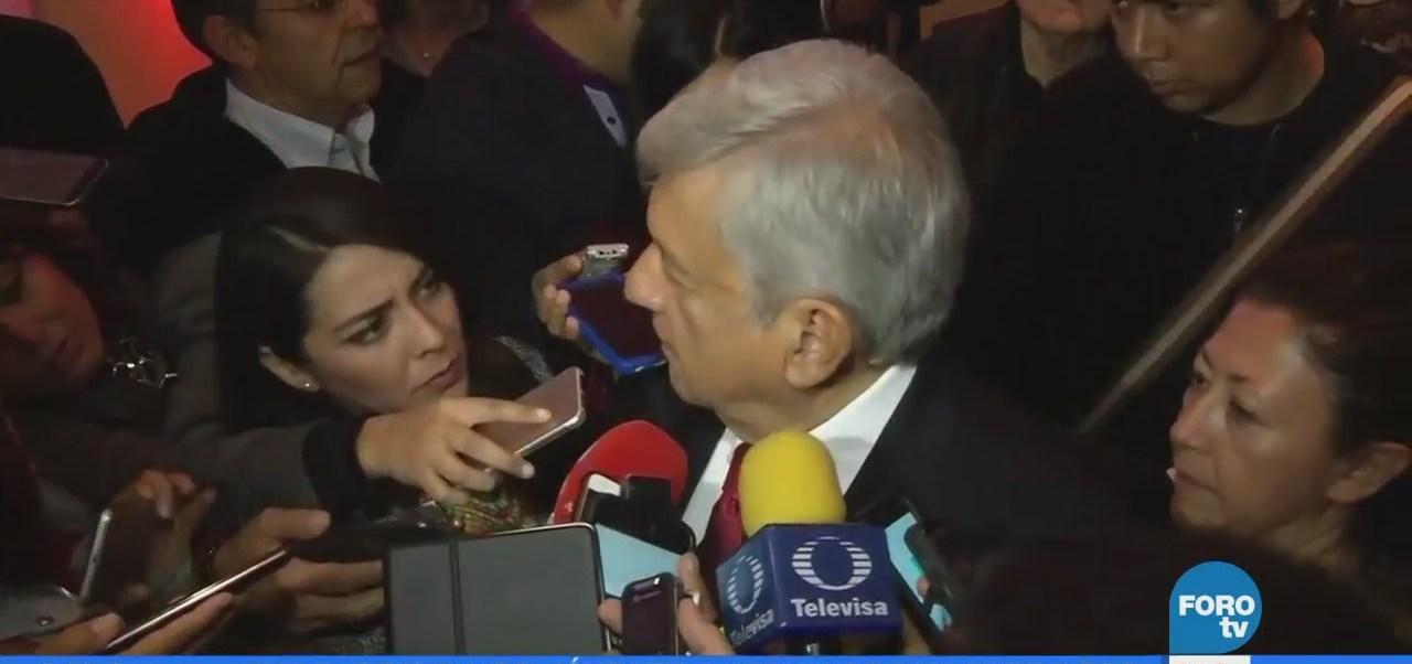 AMLO presenta a Tatiana Clouthier como su coordinadora de campaña
