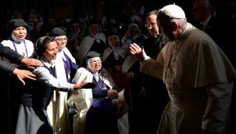 Papa Francisco pide a monjas de clausura en Perú ayudar a necesitados