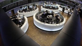Las Bolsas europeas caen después de dos semanas de avances