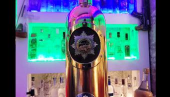 Botella de vodka valuada en 1.3 mdd