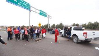 bloquean paso caravana dignidad gomez palacio durango