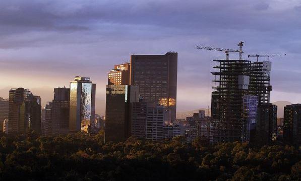 Valle de México registrará cielo despejado con bruma