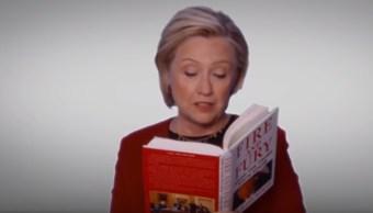 Hillary Clinton lee en los Grammy un fragmento del libro sobre Trump