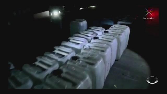 Decomisan miles de litros de huachicol en Puebla y Acapulco