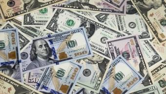 El dólar cierra la jornada en 19.06 pesos a la venta