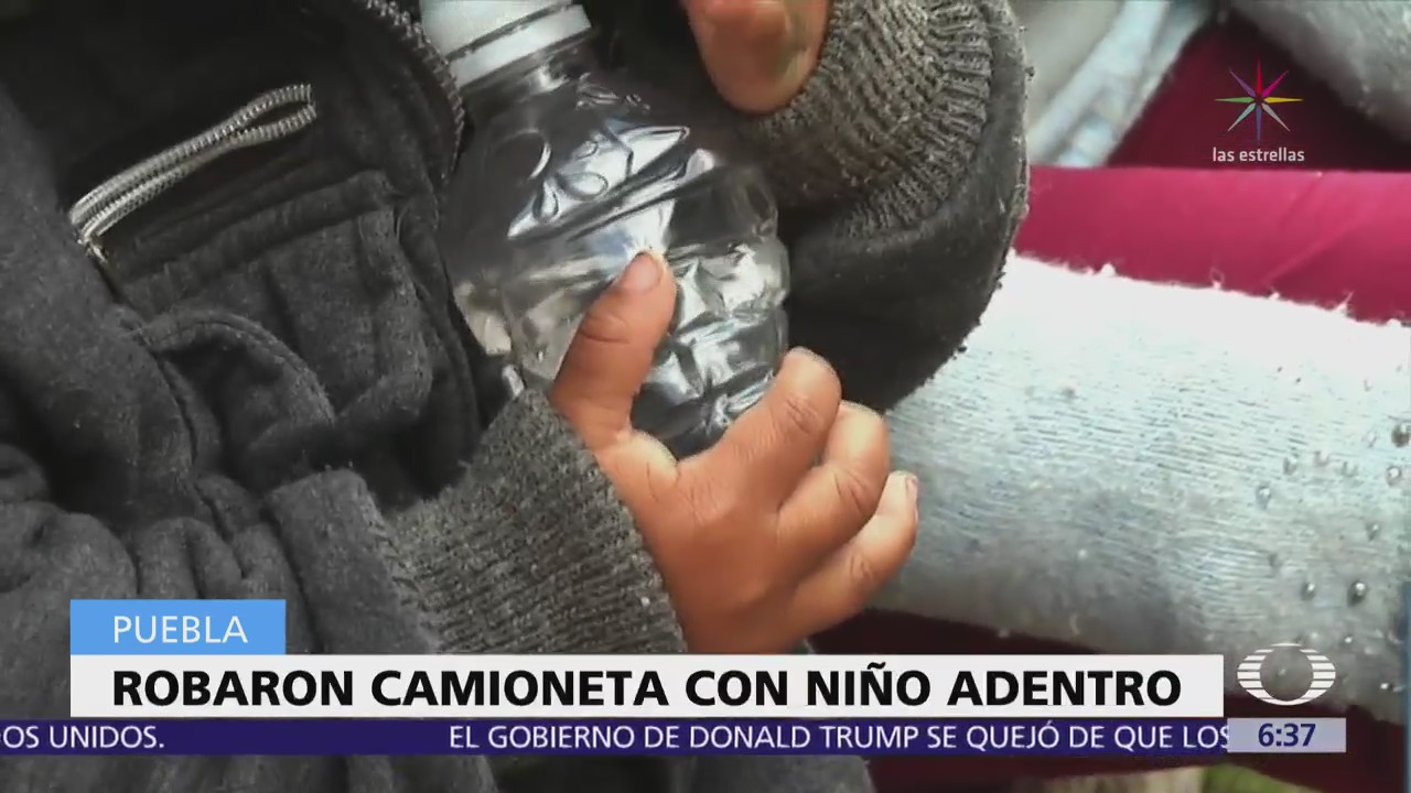 En Puebla, criminales se roban camioneta con niño adentro