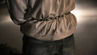 entregan a hombre acusado de homicidio en Michoacan