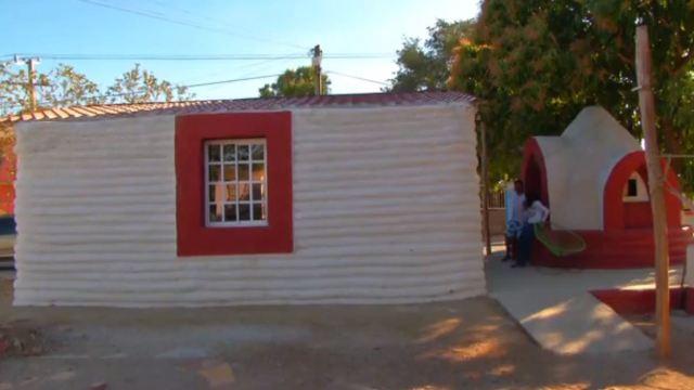Familias de Juchitán avanzan en la reconstrucción