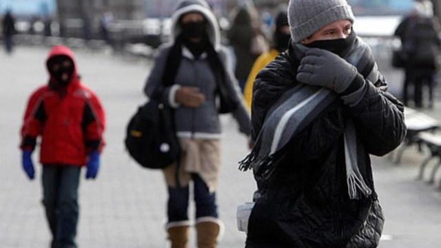 Termómetro registra cinco grados bajo cero por frente frío 28