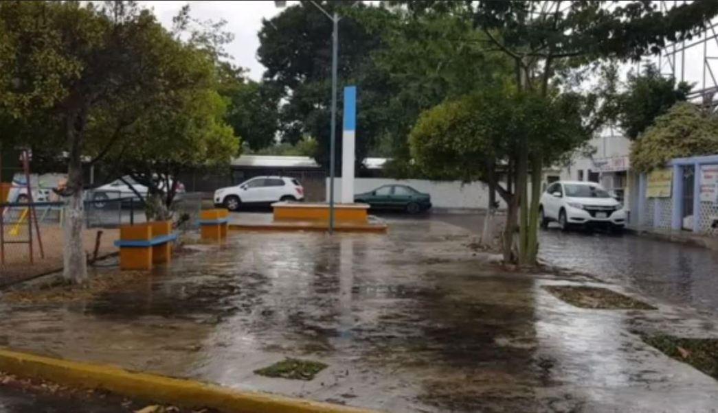 Lluvias dejan encharcamientos y nueve techos caídos en Yucatán