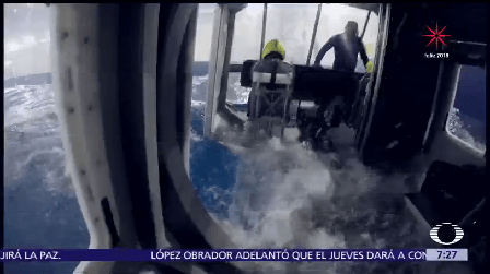 Marinos Entrenan Reaccionar Casos Avión Caído Mar