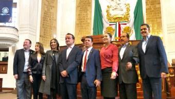 Mikel Arriola se reúne con diputados de la bancada del PRI