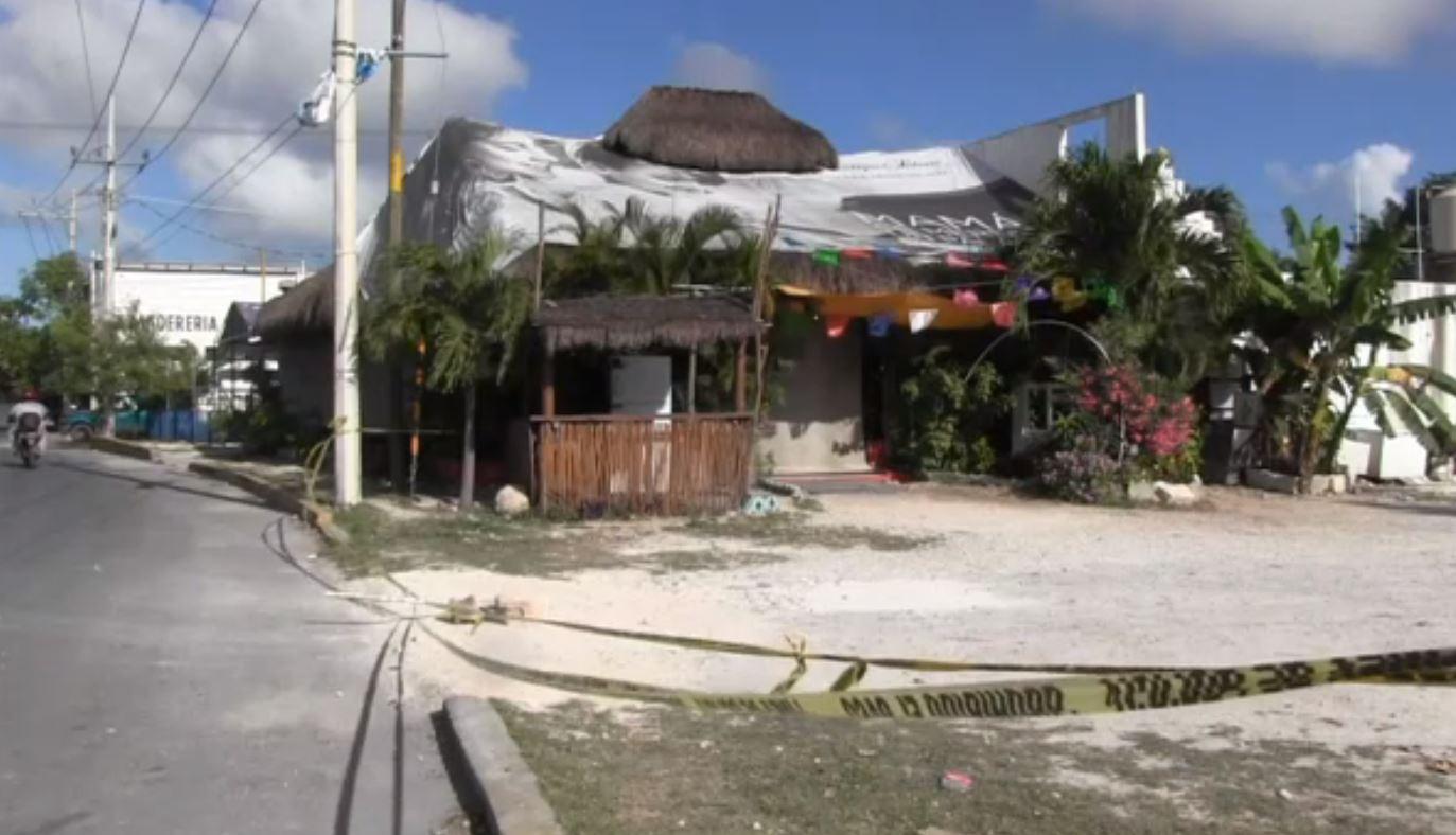 Ataque a restaurante deja dos muertos y siete heridos en Cancún