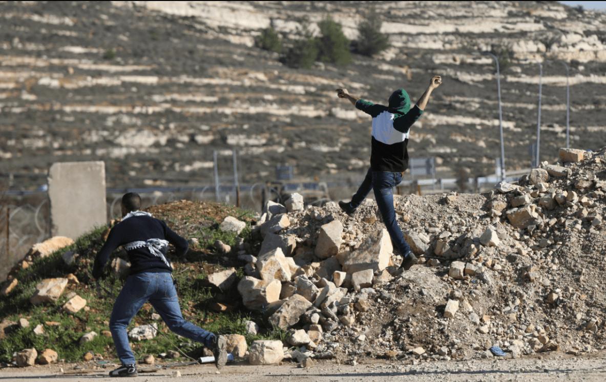 Israel aprueba construir más de mil viviendas en colonias en Cisjordania