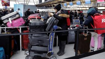 Prevén retrasos en el aeropuerto JFK de Nueva York por tubería averiada