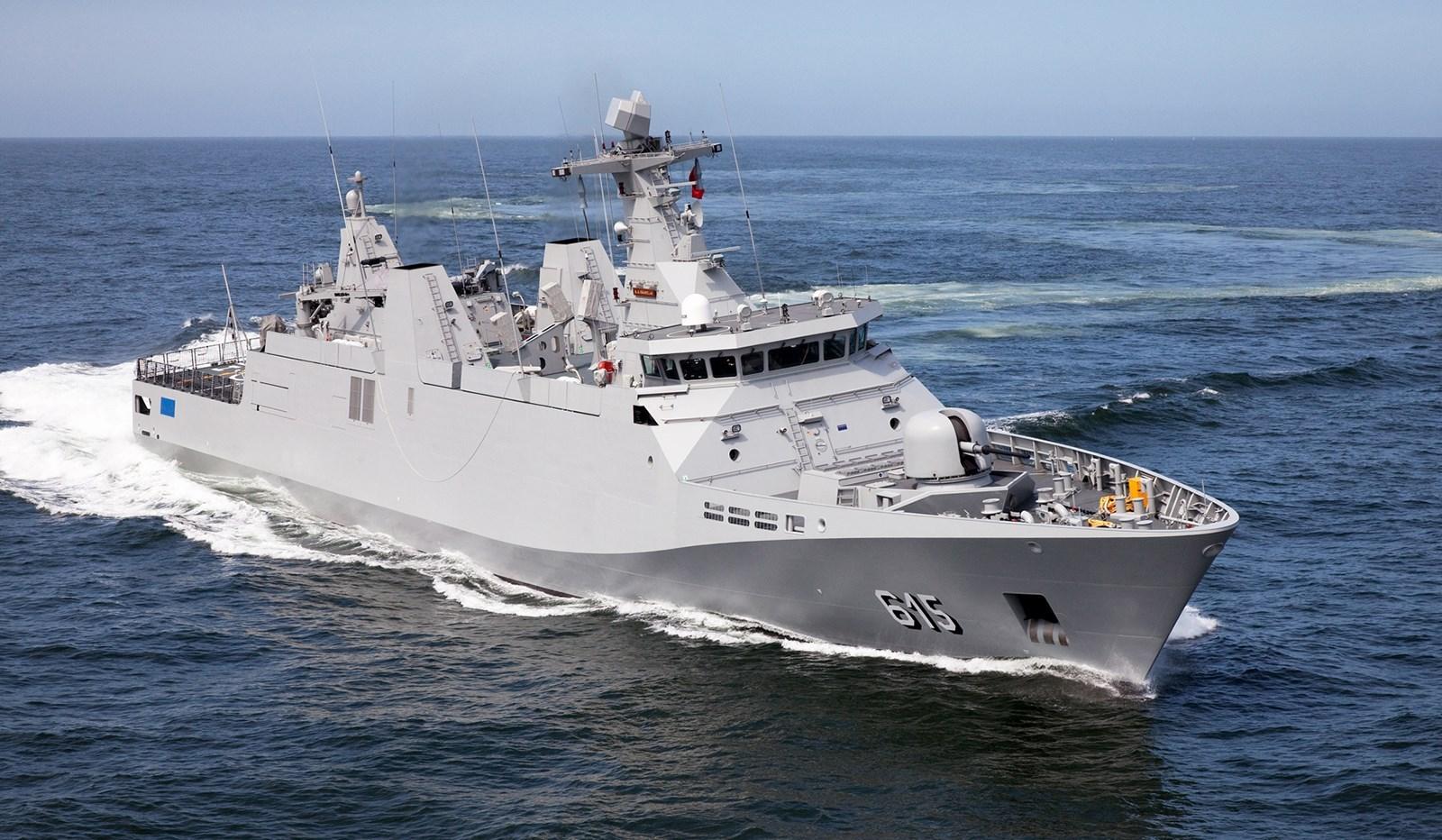 Fragata tipo POLA de la SEMAR
