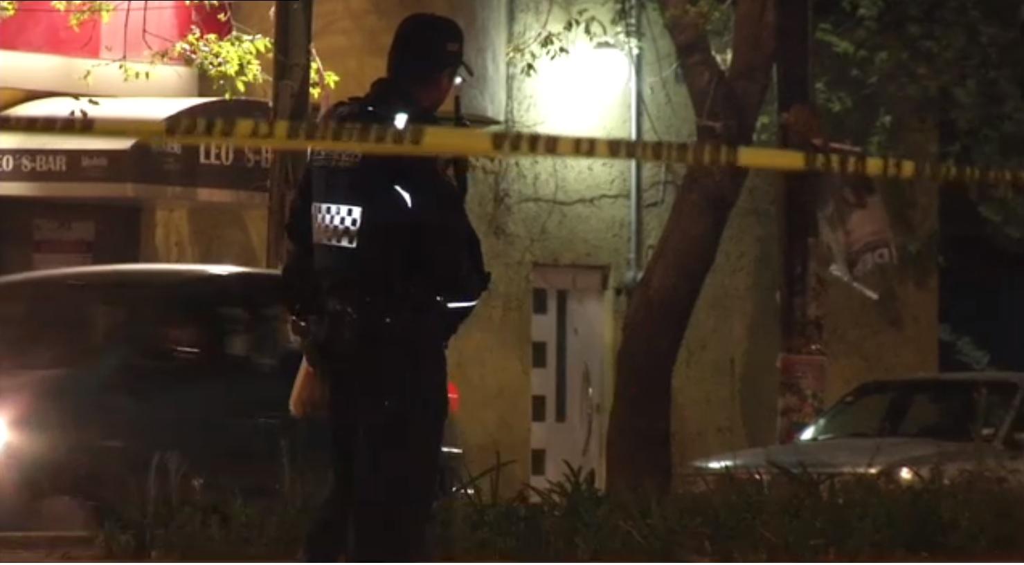 Policía dispara contra dos colegas e intenta suicidarse