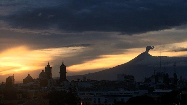 volcan popocatepetl incrementa ligeramente su actividad