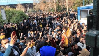 Protestas contra el gobierno en Irán. (AP)