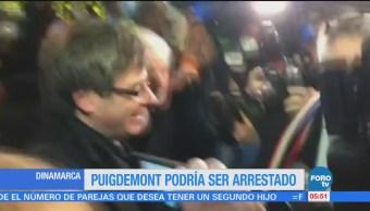 Puigdemont viaja a Dinamarca; Fiscalía española pide su detención