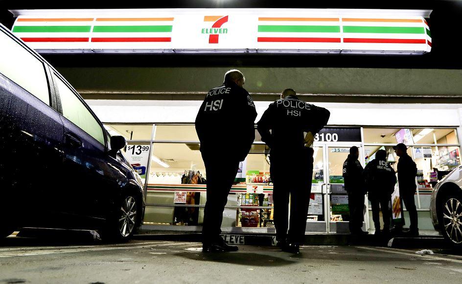 ice detiene 21 indocumentados durante redadas tiendas 7 eleven