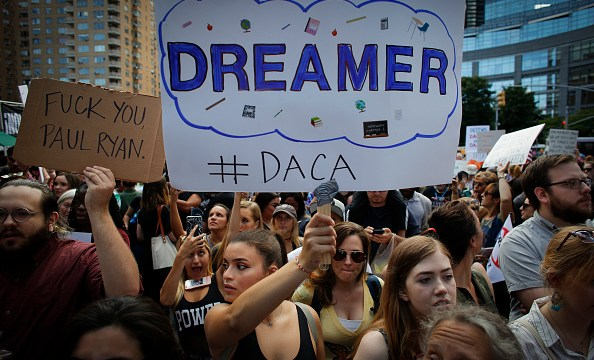 Reforma migratoria republicanos incluye muro Trump y blinda dreamers
