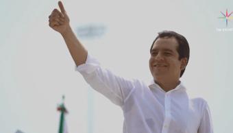 Albores Gleason se registra como precandidato del PRI al gobierno de Chiapas