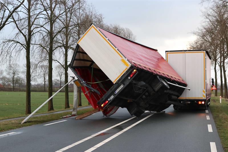 Temporal en Holanda deja al menos dos muertos