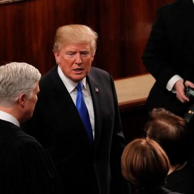 Trump insiste al Congreso aprobar una reforma migratoria