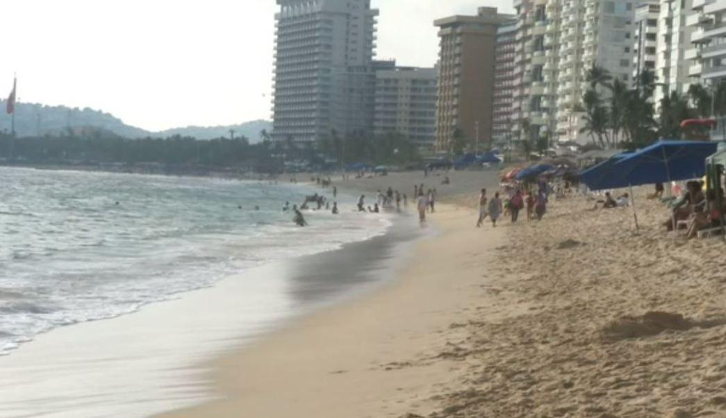 Alerta de viaje de EU afecta turismo en Colima y Guerrero