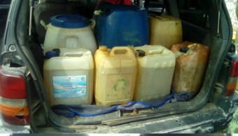 Aseguran más de mil litros de combustible robado en Tabasco