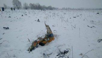 avión ruso explotó en tierra al estrellarse: investigadores