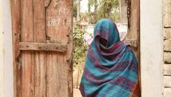 Autoridades de India prometen medidas tras infección de 40 personas con VIH