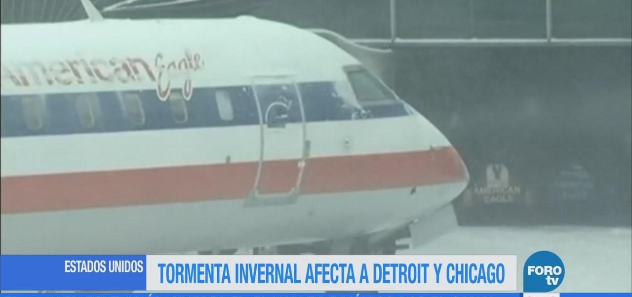 Cancelan más de 1,500 vuelos por tormenta invernal en Detroit y Chicago