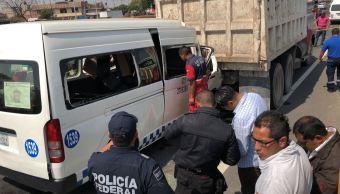 Choque de transporte público en autopista México-Puebla deja dos muertos