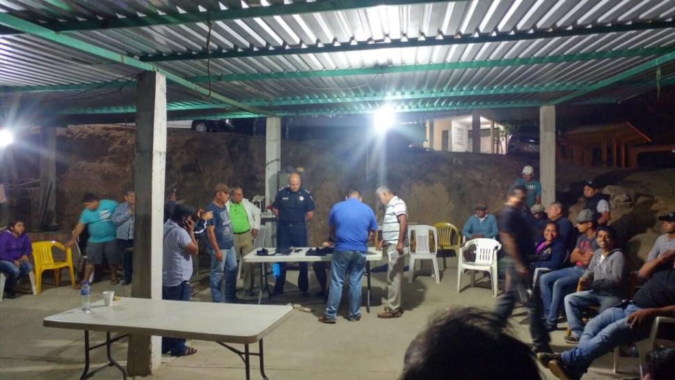 Liberan a funcionario de PGR en Xaltianguis