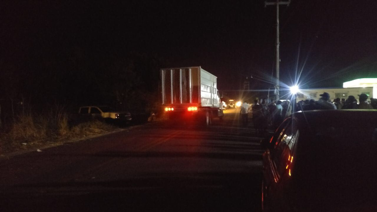 Astudillo condena bloqueo de la México-Acapulco