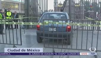Conductor ebrio choca contra reja de la Basílica de Guadalupe