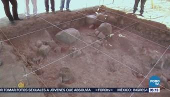Descubren en Colima fosa funeraria que data de 2 mil años A.C.