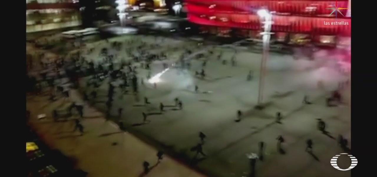 Disturbios en estadio de Bilbao dejan un policía muerto