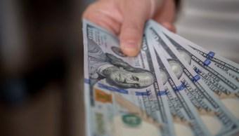 El dólar se vende en 19.08 pesos