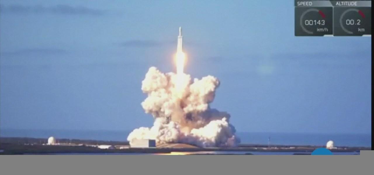 El millonario que rebasó la carrera espacial