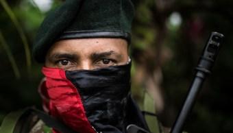"""La guerrilla del ELN amenaza con un """"paro armado"""" en Colombia"""