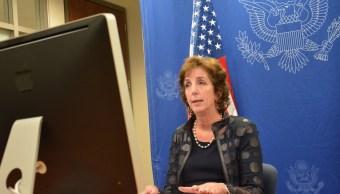 Roberta Jacobson pide justicia para agentes asesinados en Nayarit