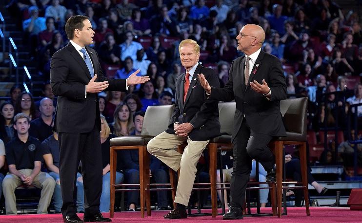 Estudiantes critican Marco Rubio control armas
