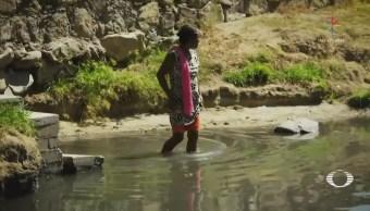 Familias continúan en la intemperie por temor a réplicas, en Oaxaca