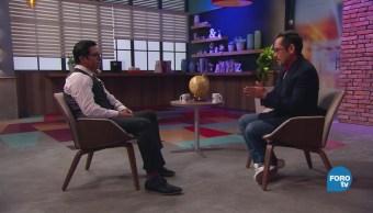 Genaro Lozano entrevista a Juan Arellanes