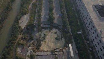Hundimiento carretera china deja ocho muertos y tres desaparecidos